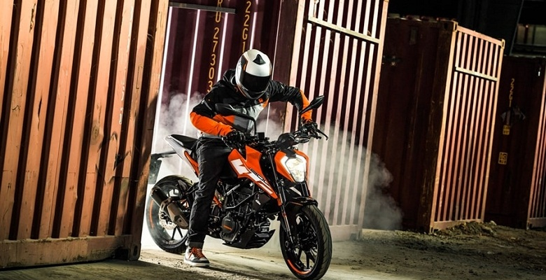 2017 KTM 200 And 250  Duke Officially Unveiled
