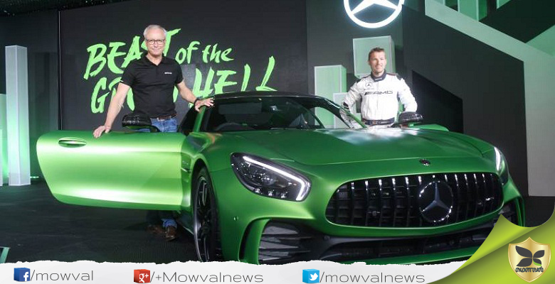 Mercedes Benz Launched AMG GT Roadster And AMG GT R In India